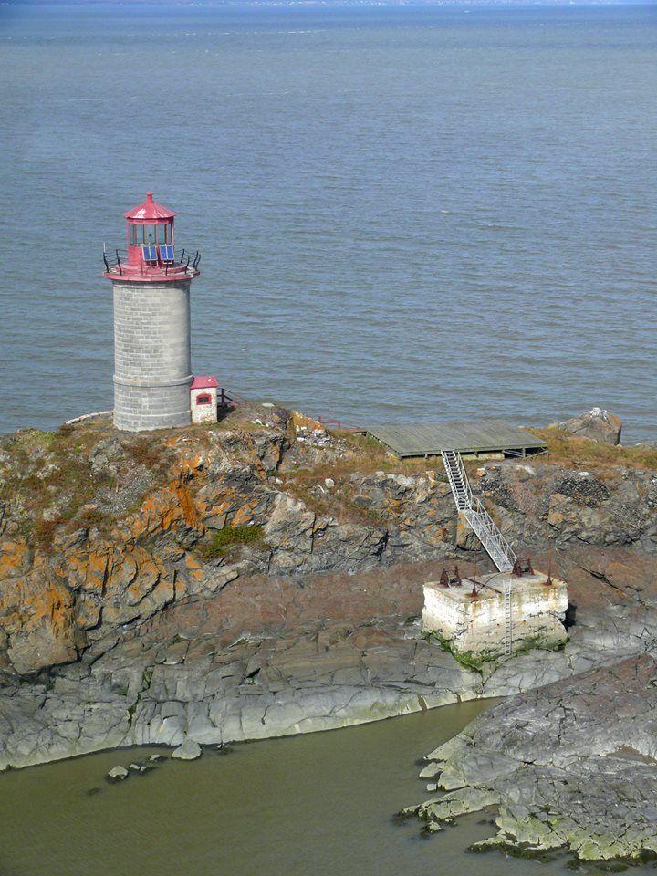Pin Von Jacques Girard Auf Voyages Au Quebec Leuchtturm Turm Leuchten