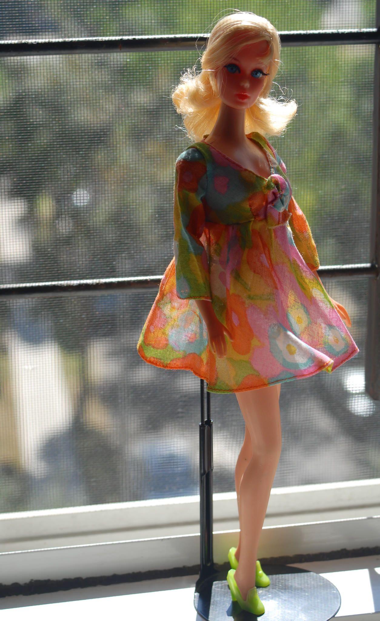 Blonde barbie pink dress  Vintage Talking Barbie  blonde  Barbie Barbie doll and Vintage barbie