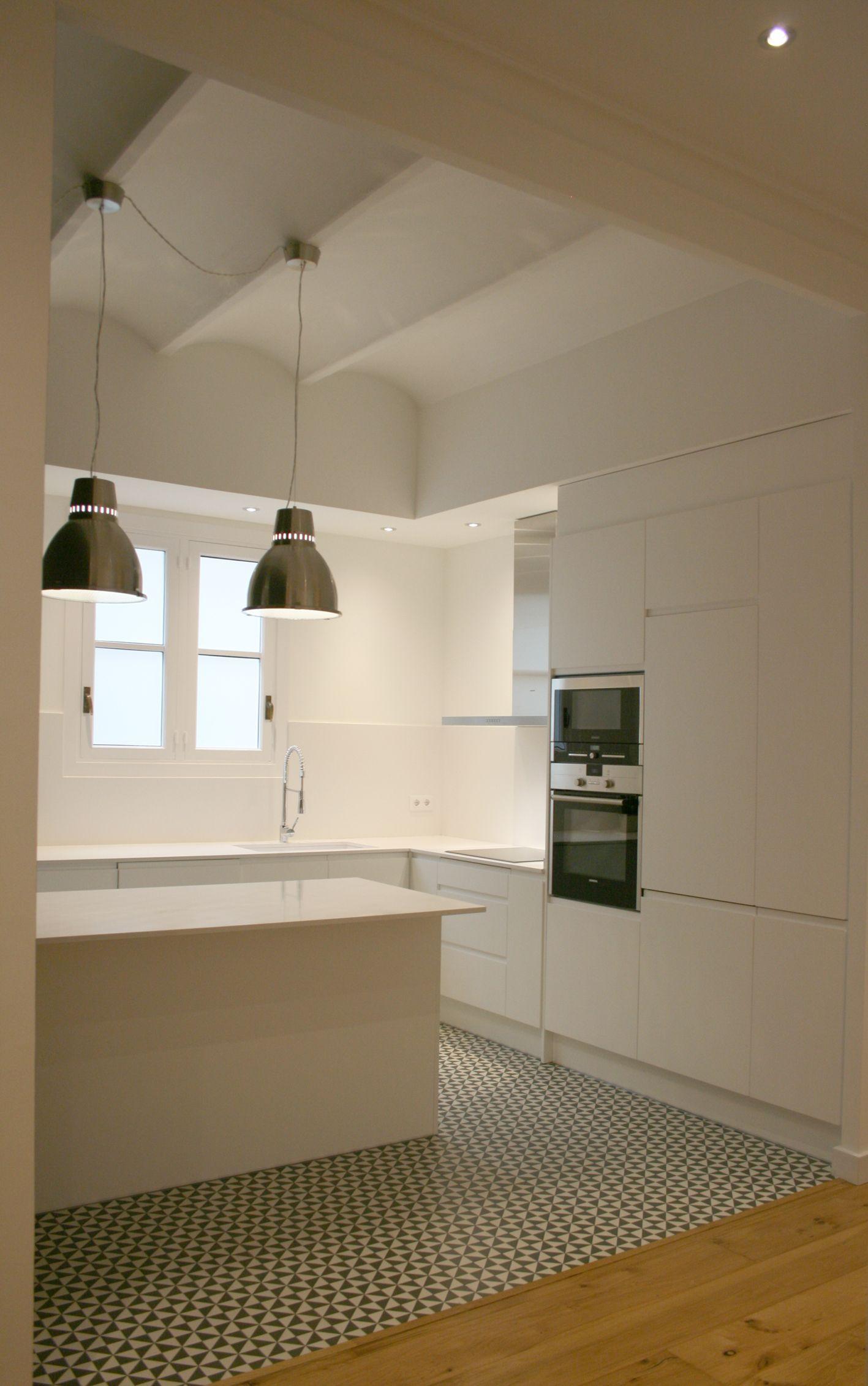 diseño cocina suelo hidraulico | Cocina integrada | Cocinas, Suelos ...
