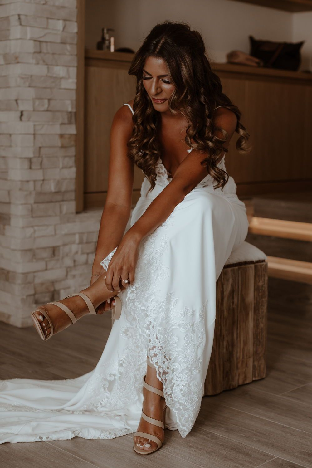Crepe and lace wedding dress. Simple and low back wedding