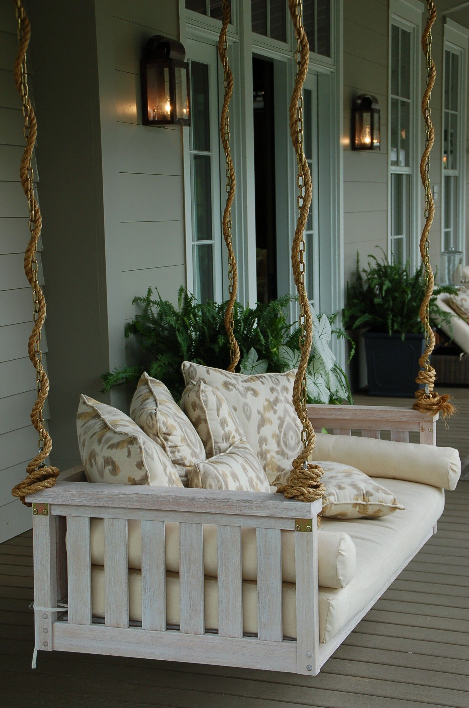 Love this swing bed from the SL Idea House 2013 ascrumptiouslife