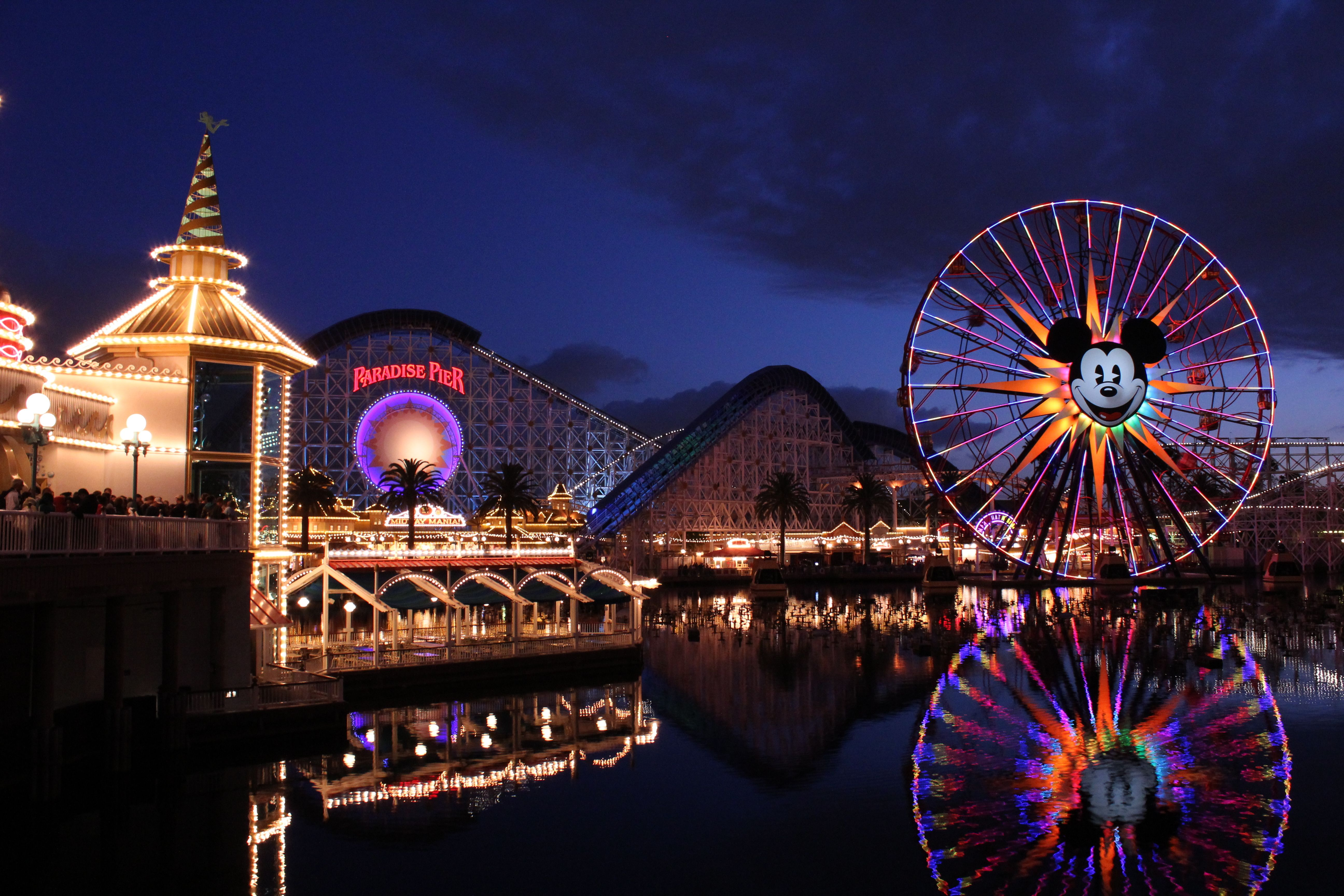 Tomorrowland at Disneyland widescreen wallpaper