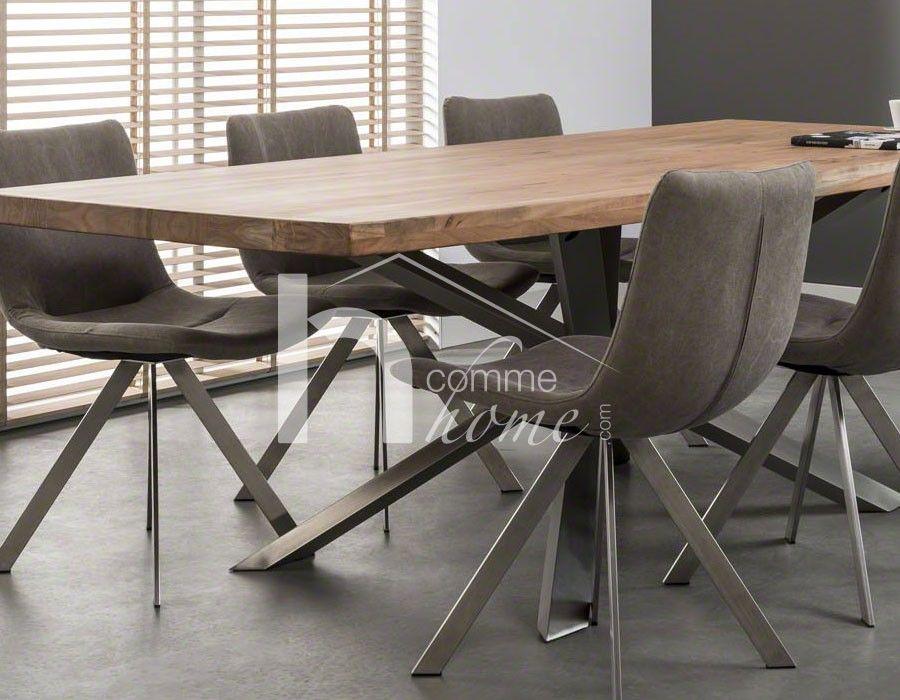 table manger industrielle en bois clair et acier epicure. Black Bedroom Furniture Sets. Home Design Ideas