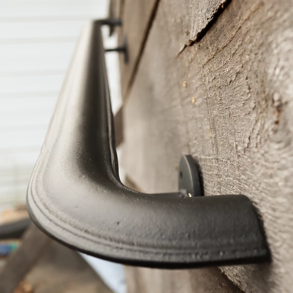 Best Metal Handrail With Curved Returns Ada Compliant Return 400 x 300