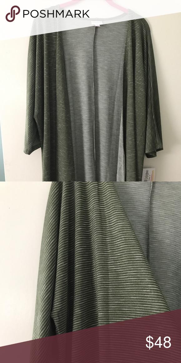 BNWT Small Lindsay BNWT olive green striped Lindsay LuLaRoe Sweaters