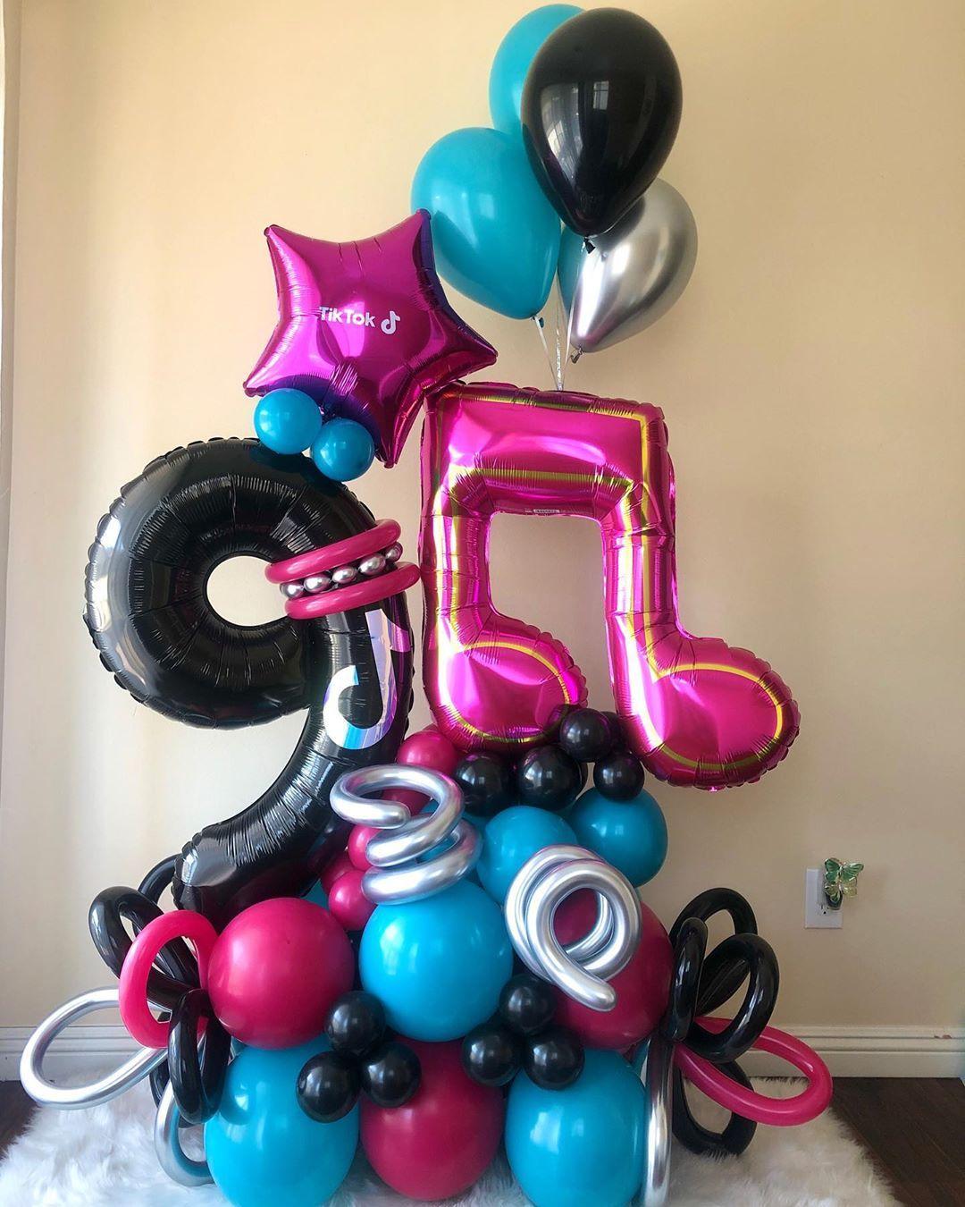 Balloons By Samantha En Instagram Tik Tok Theme Dance Party Birthday Girl Art Birthday Party Birthday Balloon Decorations