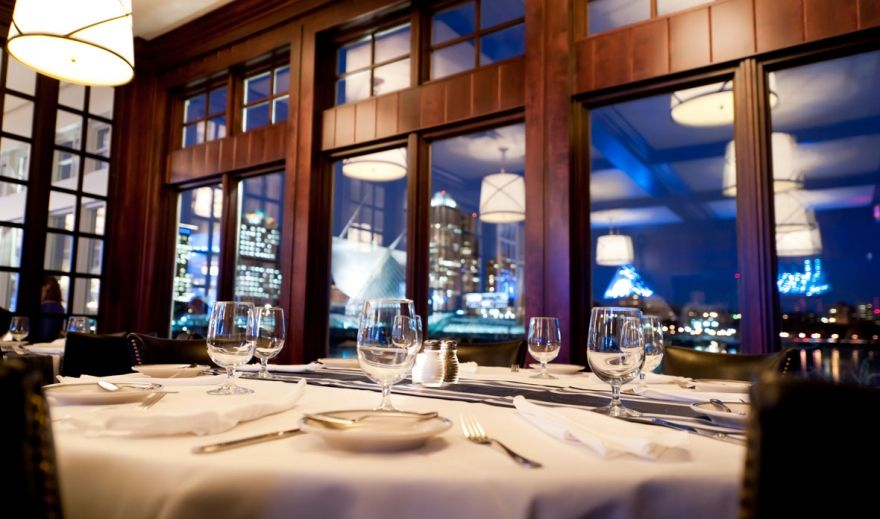 Exceptional A New England Style Seafood Restaurant, Harbor House Is Set On The Scenic  Shore Of Lake Michigan, Offering The Freshest Seafood Flown In From Both U2026