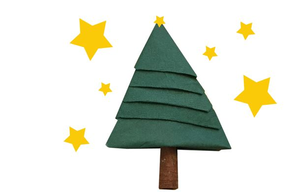 schneller servietten tannenbaum als einfache dekoidee für