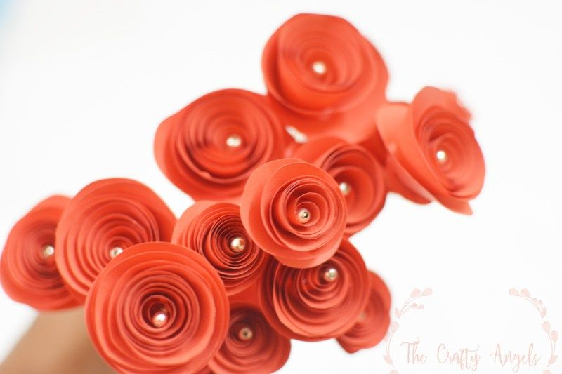 Swirl paper roses tutorial quilled paper roses tutorial curled love making paper flowersthen this swirl paper roses are the perfect ones mightylinksfo