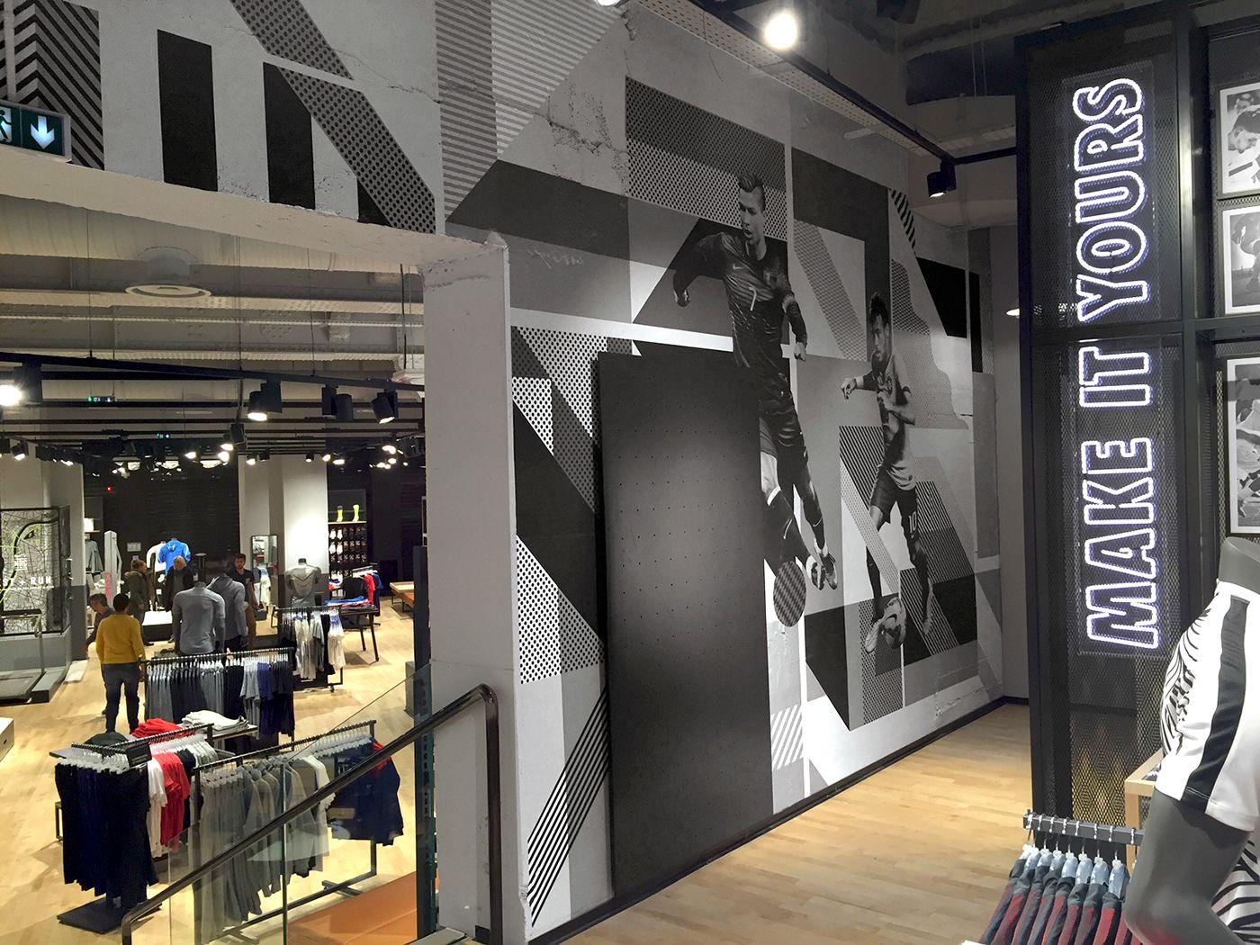 Arruinado Entrada Estribillo  https://www.behance.net/gallery/40785421/Nike-Store-Lyon | Retail interior,  Retail design, Nike store