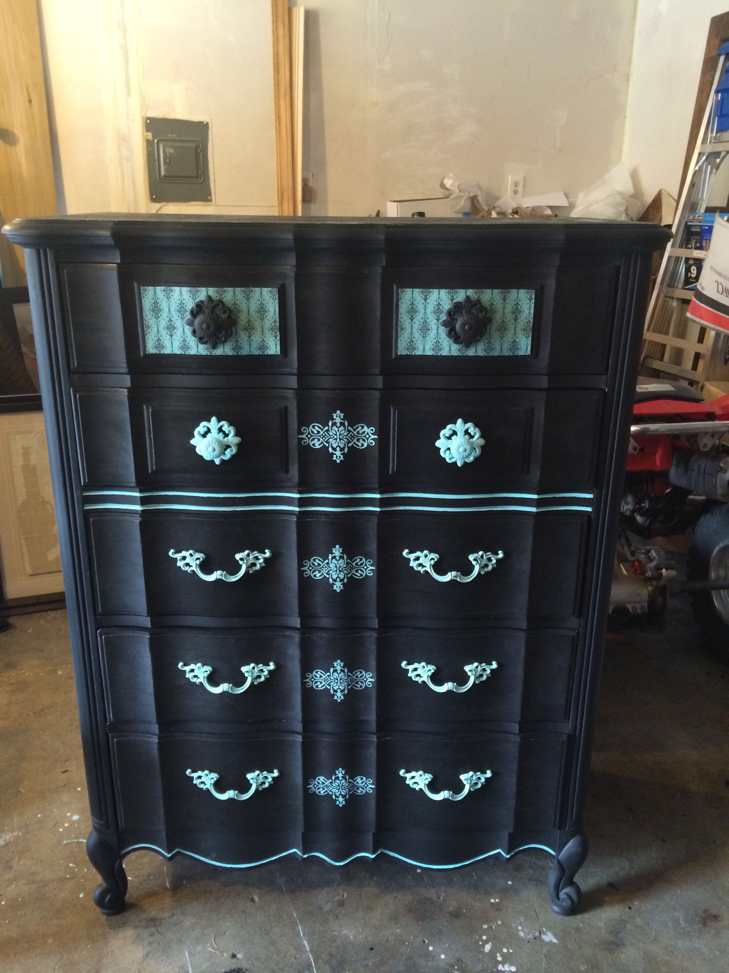 black crackle paint furniture