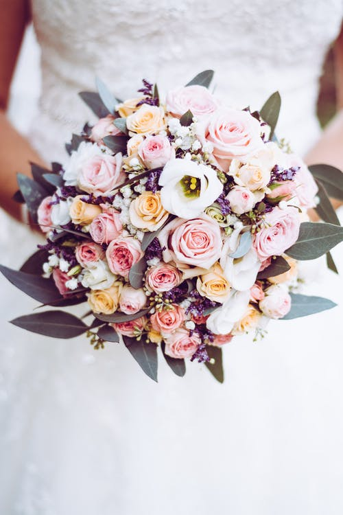 1000 Amazing Wedding Photos Pexels Free Stock Photos Bridal Bouquet Sustainable Wedding Wedding Flowers