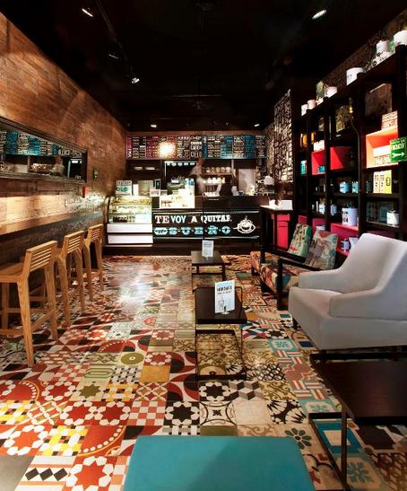 O Piso De Ladrilho Hidráulico Deu Personalidade À Esse Café Bar Alluring Coffee Shop Kitchen Design Review