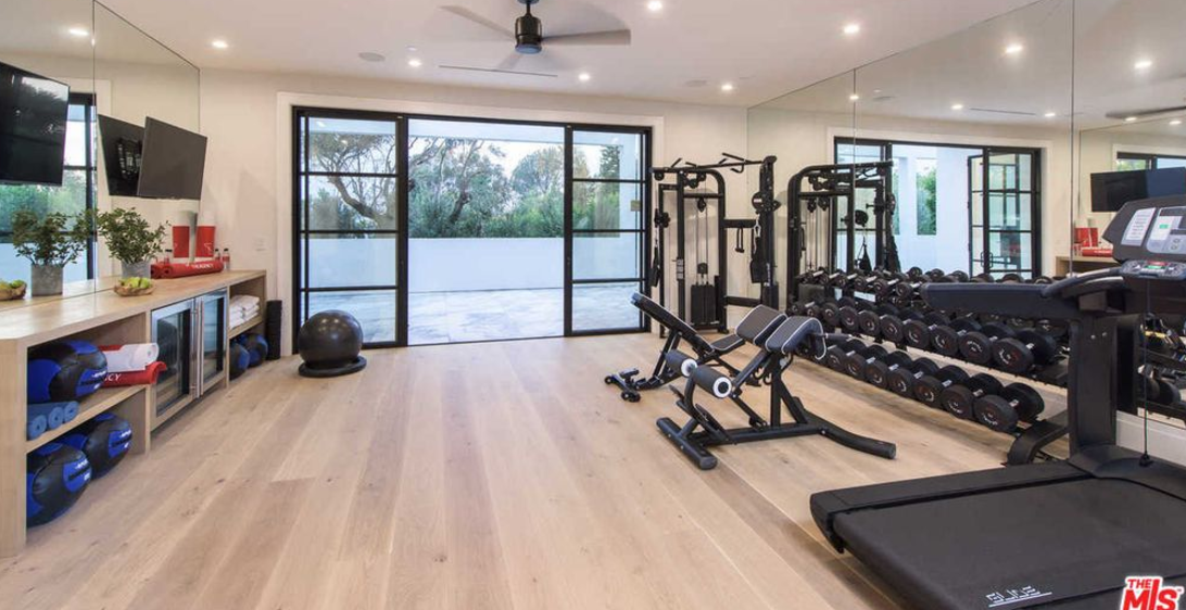 Prime Open Glassware Bar Shelving Google Search Fitness Spaces Download Free Architecture Designs Rallybritishbridgeorg