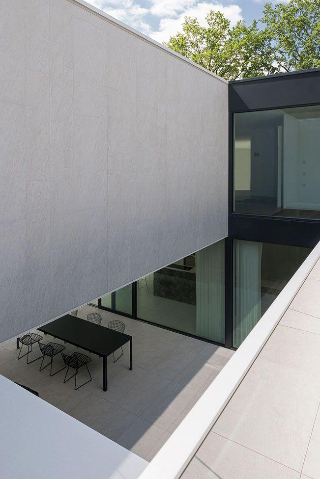 Cubyc architects dm residence in keerbergen belgium for Diseno exterior casa contemporanea