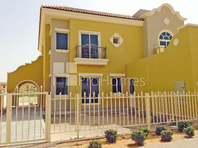 Dubai Sports City Victory Heights Aed 6 300 000 5 Bedrooms Villa For Sale Victory Heights C1 Type Property Summa Apartments For Sale Staircase Storage House Styles