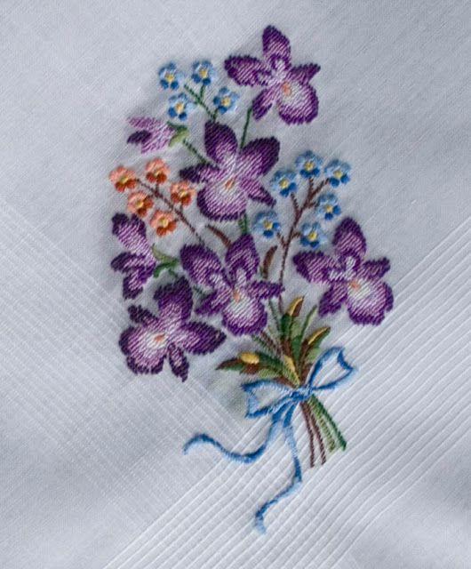 1940s Embroidered Cotton Handkerchiefs, wedding hankies, tatted hankies, embroidered  hankies, 40s hankies