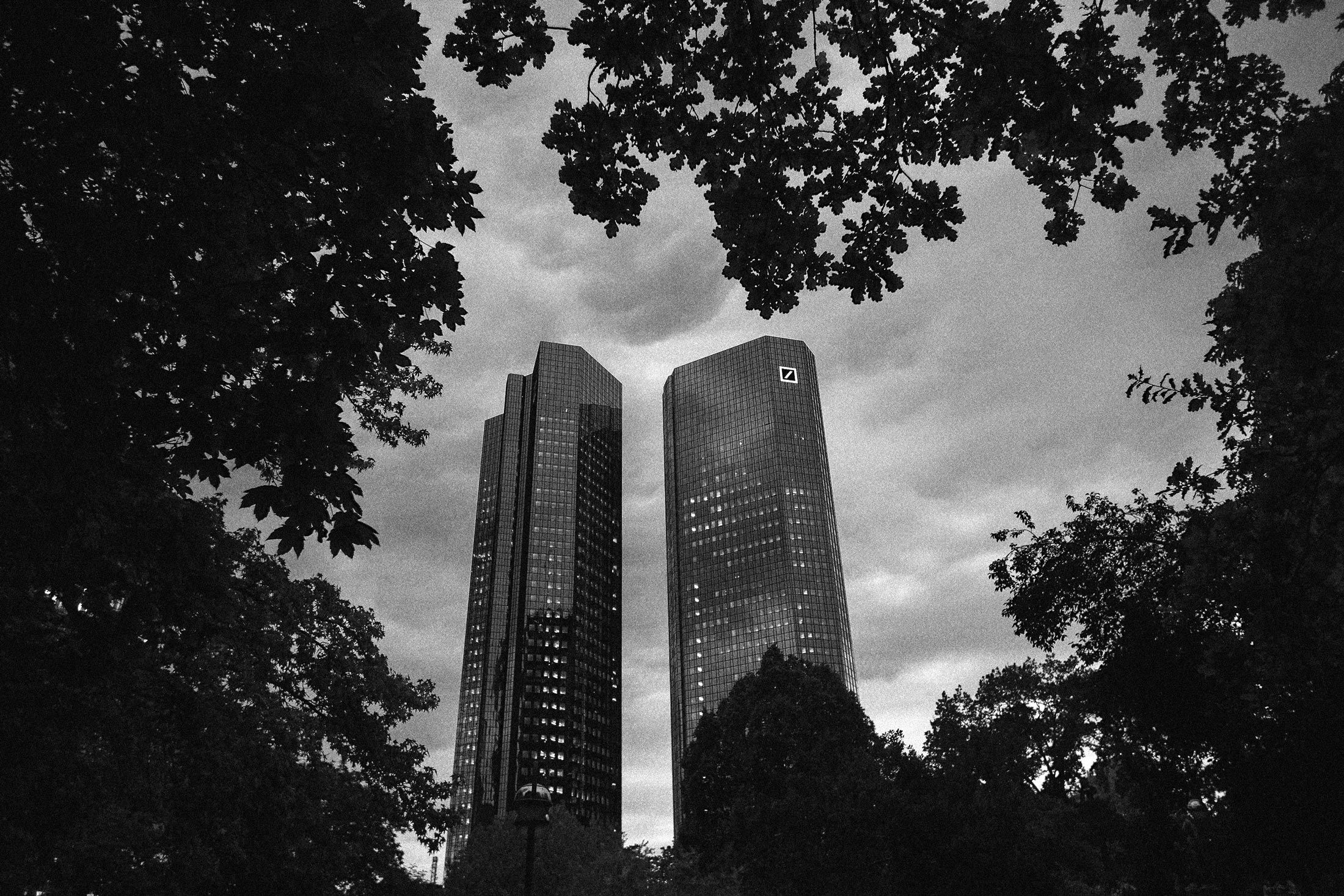 How Deutsche Bank Made a 462 Million Loss Disappear