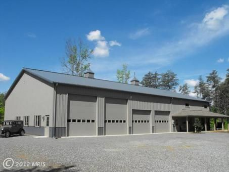 Barn living pole quarter with metal buildings morton for Commercial garage plans
