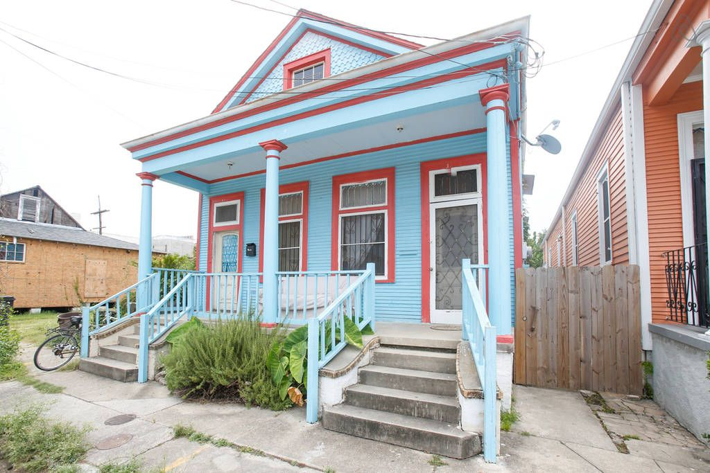 Two Bdrm Bywater Shotgun w/ 3 Bikes included!