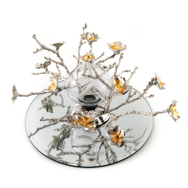 Blossom Centrepiece  by Fleur Grenier  £95.00 http://www.seekandadore.com/c/243/p/blossom-centrepiece/1276.aspx#