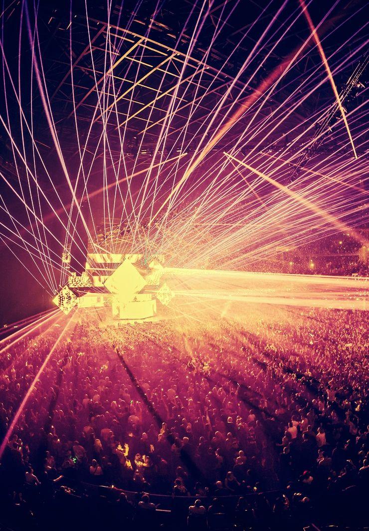 YOU LIKE THE LIGHTS? Photo Concert lights, Photo, Edm