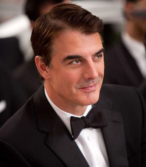 Chris Noth  - 2018 Black hair & chic hair style.