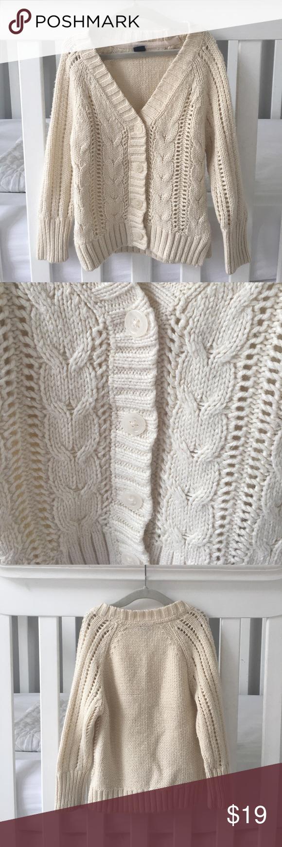 10ac1b550080 3 Years BABY GAP KNIT CARDIGAN BabyGap size 3 years knit cardigan ...