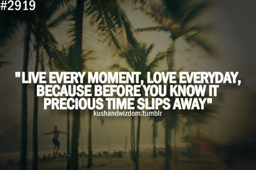 Time Flies Enjoy The Moment Funny Motivational Quotes Time Flies Quotes Love Me Quotes