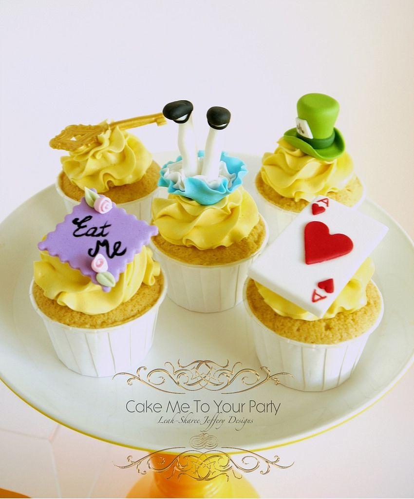 Alice In Wonderland Cupcakes www.facebook.com cakemetoyourparty 586978cd54d