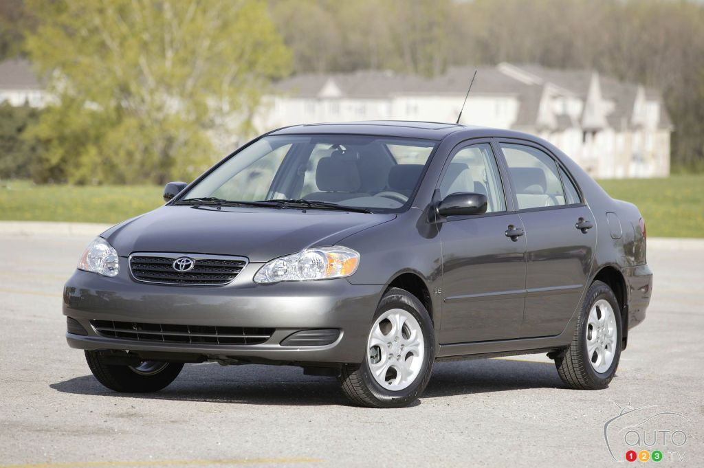 Cars Under 8000 >> Top 10 Used Cars Under 8 000 Usd According To Kbb Car