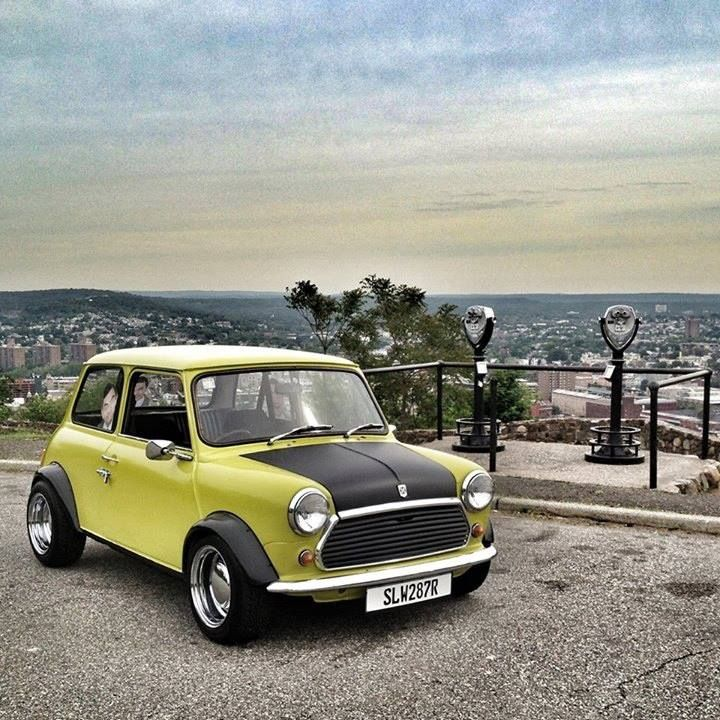 Pin By Colton Blackmore On Mini Mini Cooper Classic Classic Mini Mini Cars