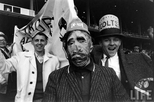 Baltimore fans in New York for the NFL Championship game (Paul Schutzer. 1958)