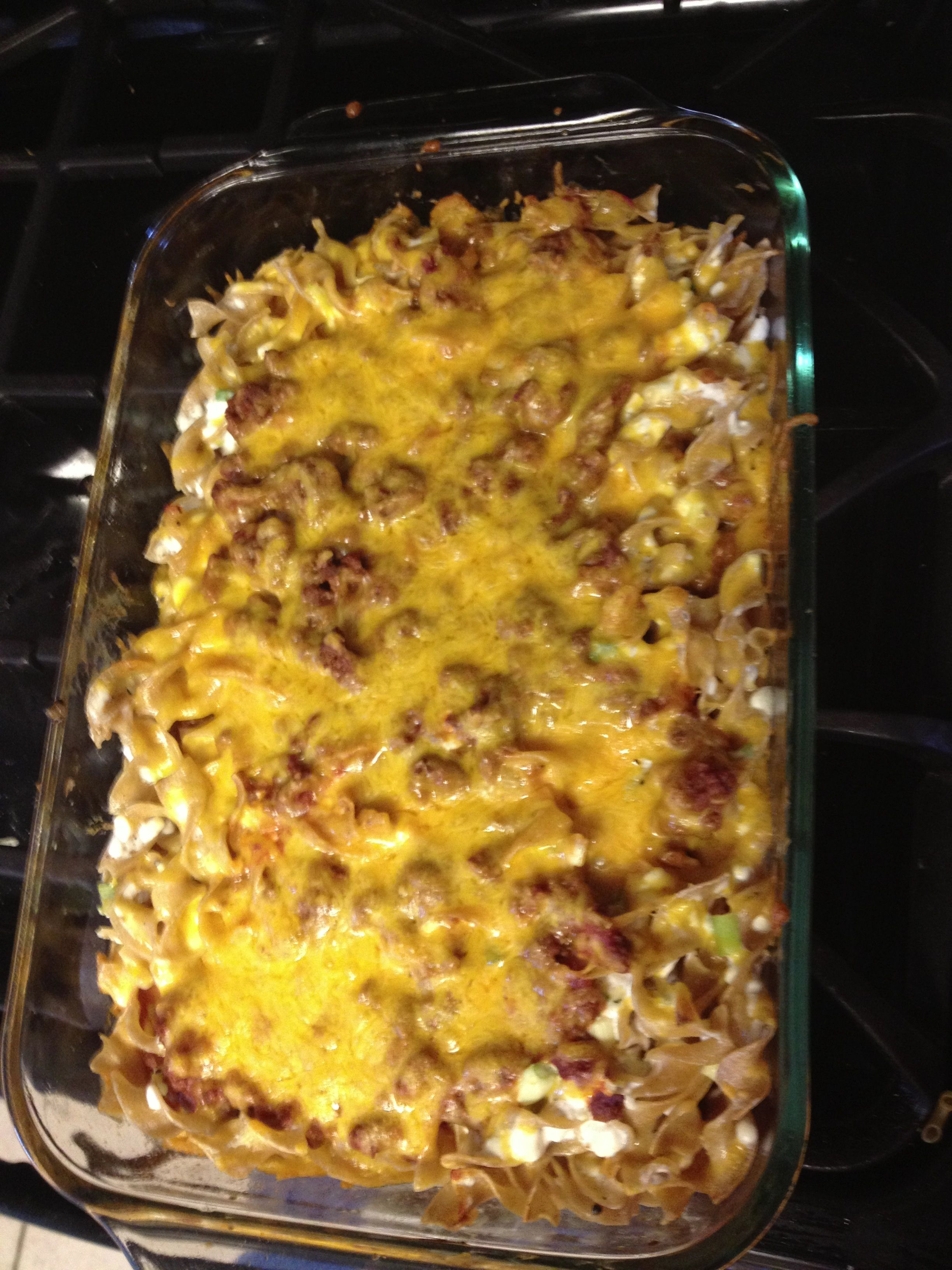 New Family Favorite Beefy Sour Cream Noodle Casserole Adventures Of A Jayhawk Mommy Sour Cream Noodle Bake How To Cook Pasta Favorite Recipes
