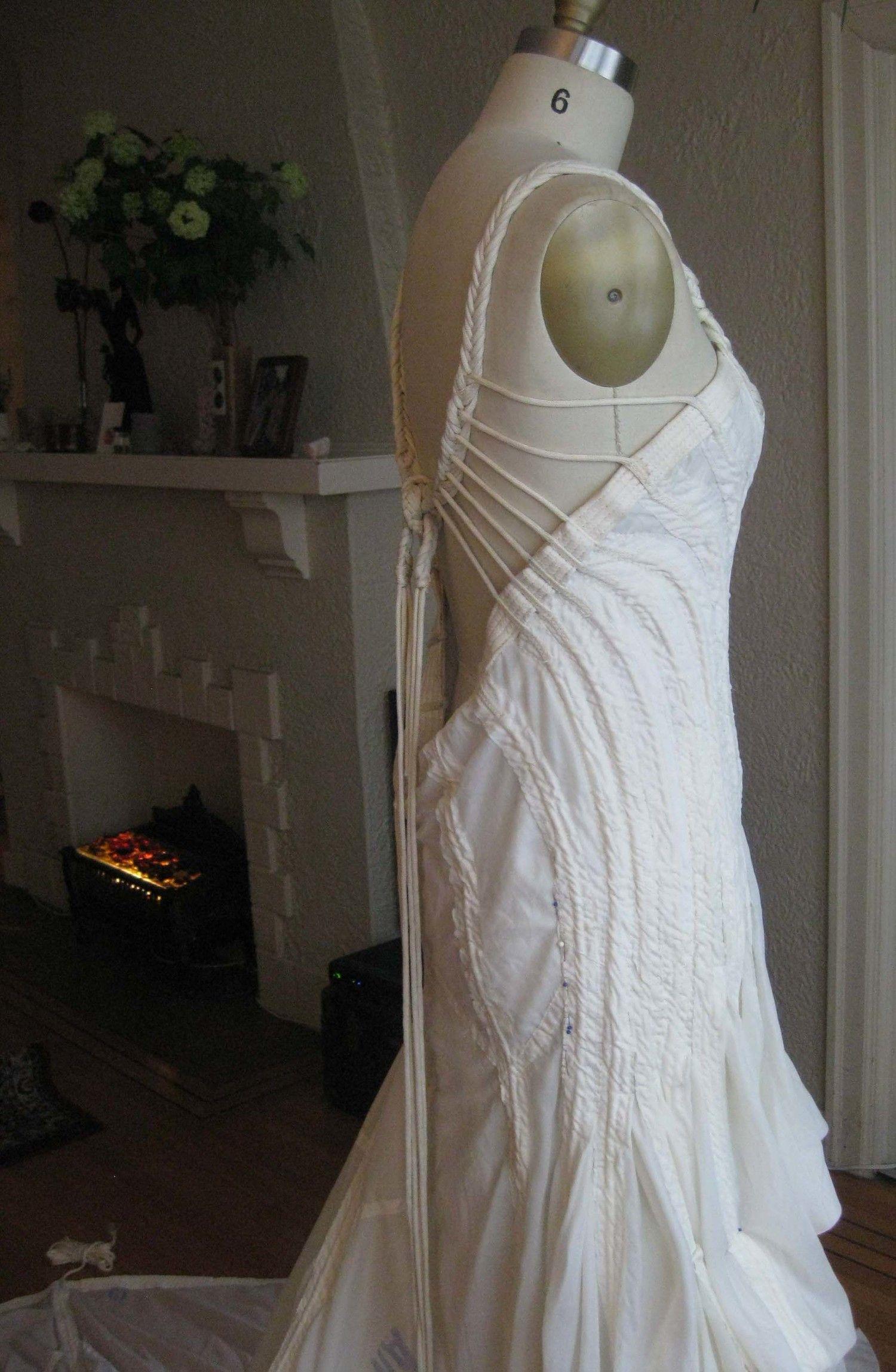 parachute-3-098.jpg   parachute wedding dress