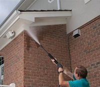 Pressure Washing Soffits And Gutters How To Pressure Wash Soffits And Gutters Pressure Washing Pressure Washer Tips Gutters