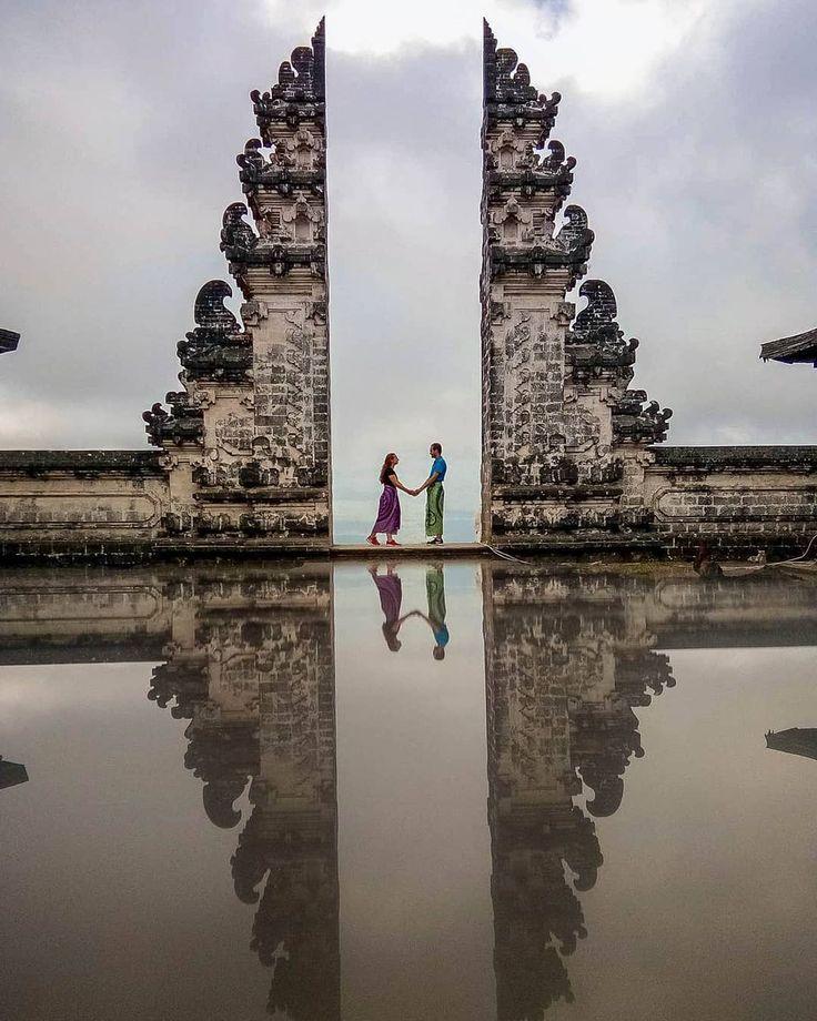 Top 10 Places To Travel As A Couple: Pura Lempuyang Luhur