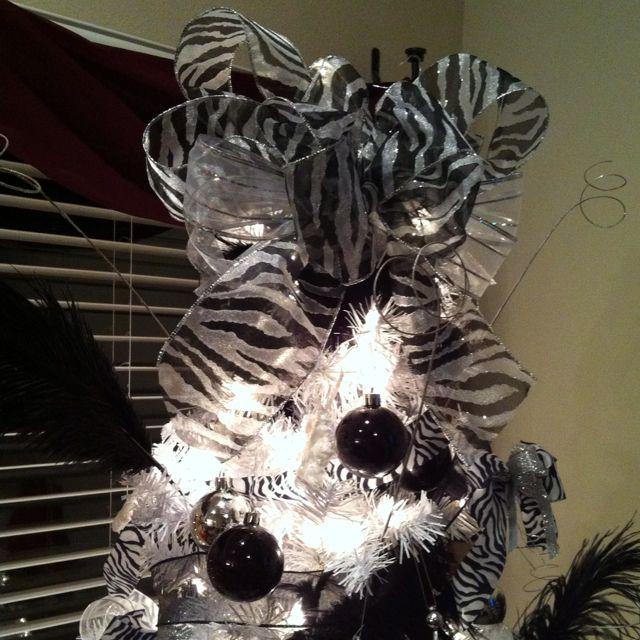 Zebra Christmas Tree Cute Christmas Decorations Christmas Colors Christmas Decorations