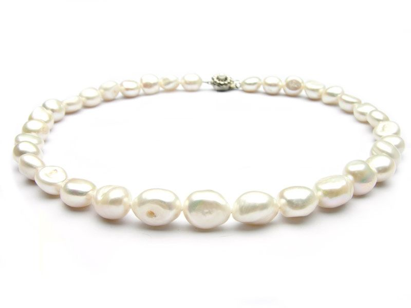 beautiful baroque pearl necklace in white color