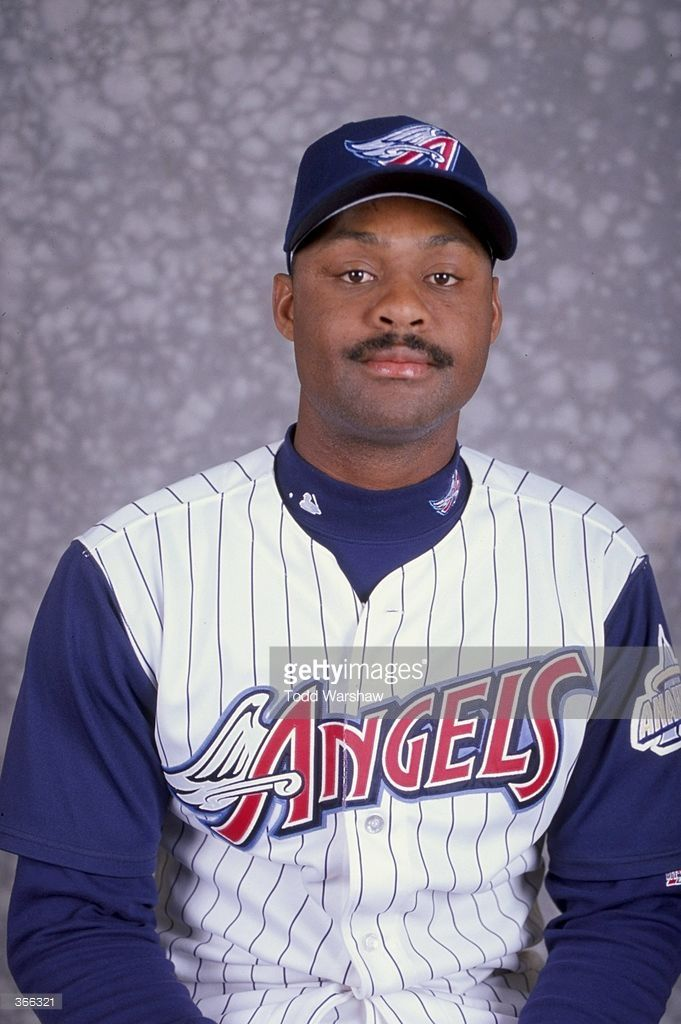 News Photo Pitcher Ken Hill Of The Anaheim Angels Poses