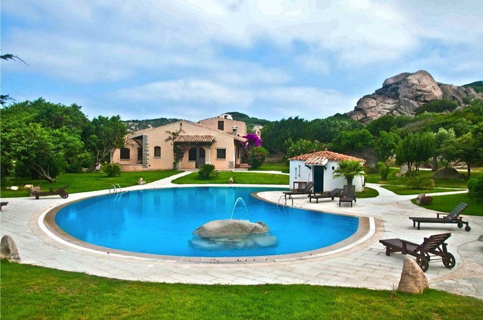 sardinia accommodation - Google Search | Italy travel ...