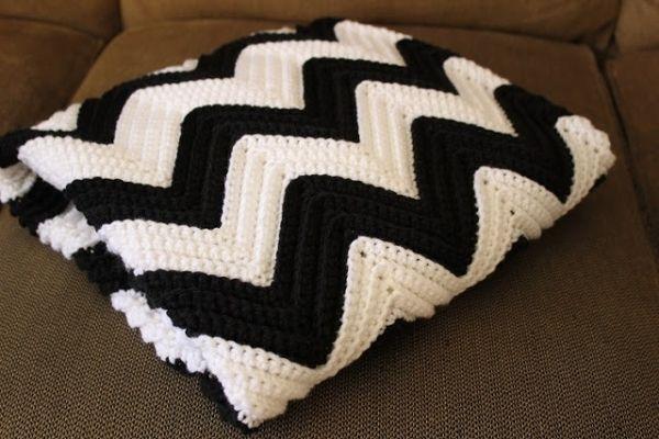 Chevron Crochet Baby Blanket Link To Free Pattern By Crol