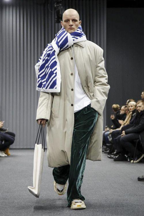 Balenciaga FW17.  menswear mnswr mens style mens fashion fashion style balenciaga runway
