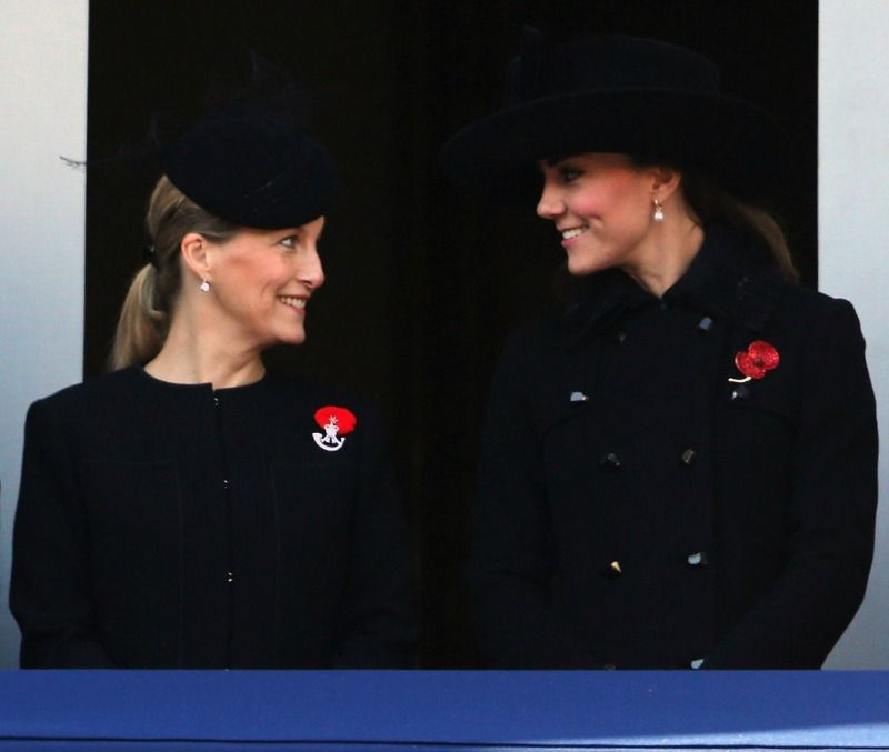 Sophie and Catherine, MYROYALS - HOLLYWOOD: REMEMBRANCE SUNDAY 2012