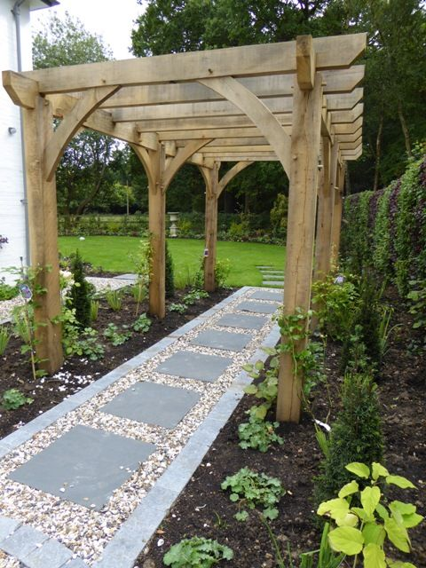 Traditional English Garden With Pergola And A A Contemporary Twist    Bucklebury, Berkshire