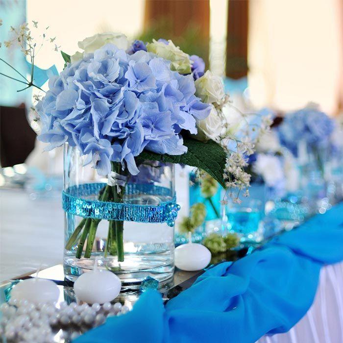 deko mit hortensien tischdekoration zur hochzeit pinterest blaue hortensien hochzeit. Black Bedroom Furniture Sets. Home Design Ideas