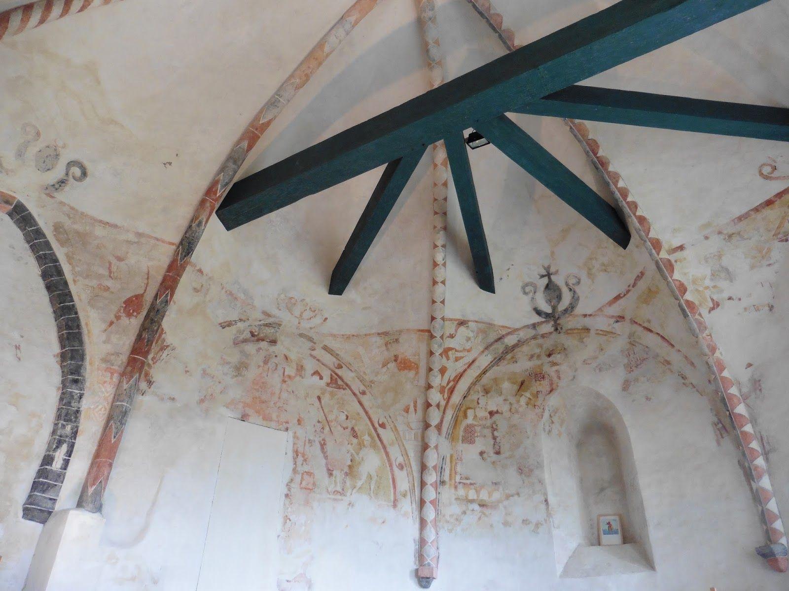 In de kerk van Britsum zijn fresco's te zien.