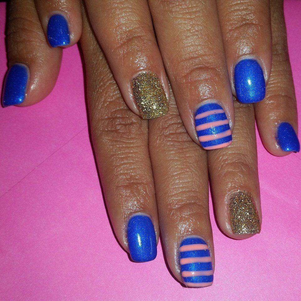 Nail Art By Kenia Pinkandblue Gelnails Stripednails Glitternails Gel Nails Striped Nails Nails