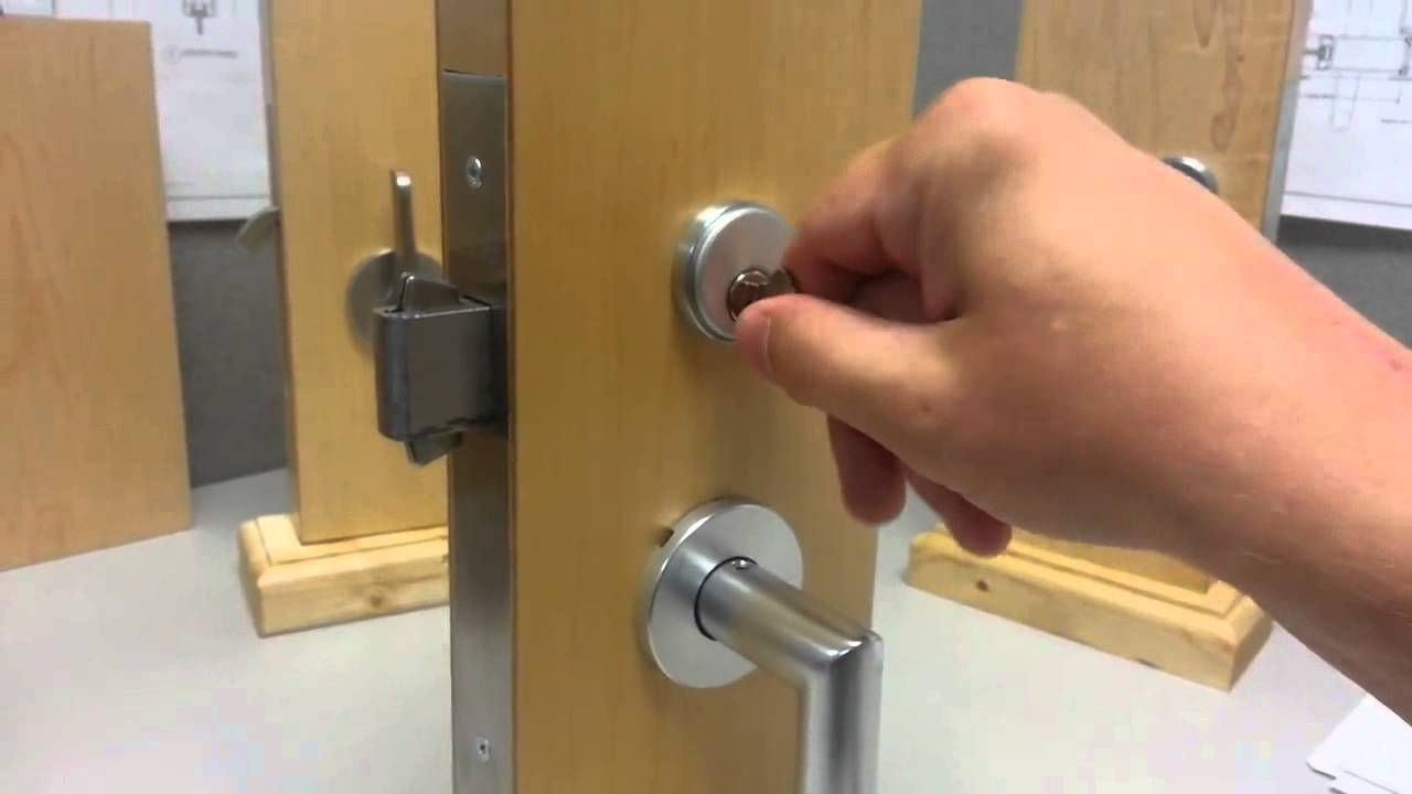 fsb sliding door lock with lever and