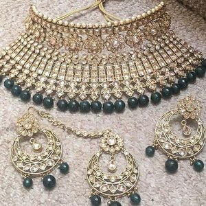 Indian Asian Bridal Wedding Party Jewellery. World